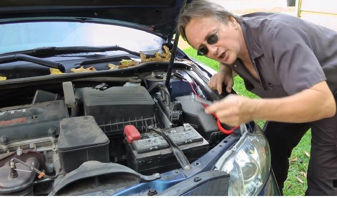 How to store a car battery indoors